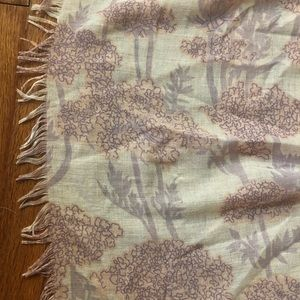 Gently used light pink and lavender scarf